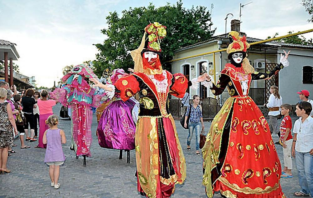 Фестиваль Летние вечера на Караимской